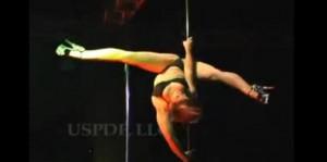 стриптиз пластика, стриптиз на шесте, танец, шоу, видео онлайн