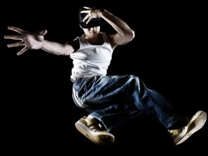 AM_BreakDance 341