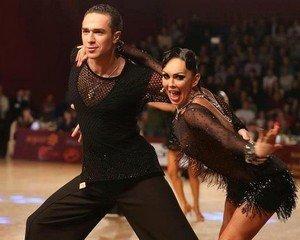 Какие же спортивные бальные танцы бывают без настоящих и сильных эмоций