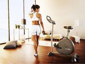 Правила занятий на велотренажере для похудения