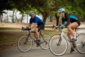 Гибридный велосипед прекрасно подходит для прогулок