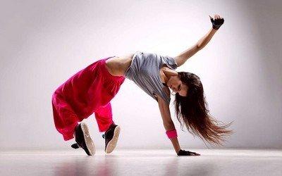 Почему танцы считаются гимнастикой для здоровья и красоты?