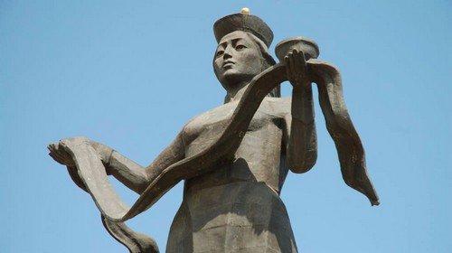 Статуя «Мать Бурятия» - символ региона
